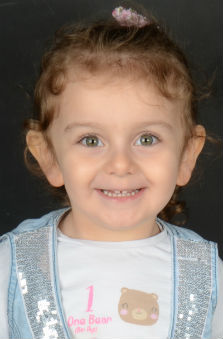 3 Yaþ Kýz Çocuk Manken - Elif Çisem Konak
