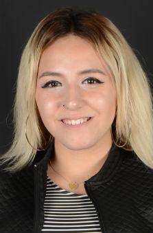 Bayan Oyuncu - Yeliz Güzgü