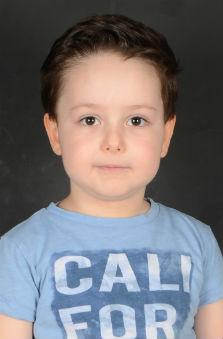4 Yaþ Erkek Çocuk Cast - Ahmet Mustafa Alioðlu