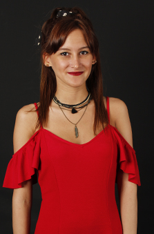 20 - 25 Yaþ Bayan Oyuncu - Sinem Melisa Üçler