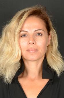 41 - 49 Yaþ Bayan Fotomodel - Özlem Kýran