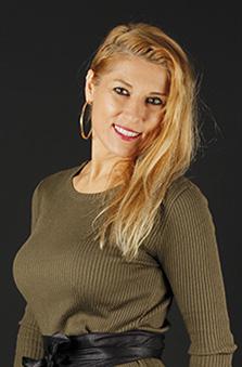 Bayan Fotomodel - Çeþmin Denizkurdu