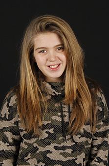 Bayan Oyuncu - Lea Cebeci
