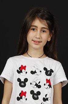 8 Yaþ Kýz Çocuk Manken - Anýfe Abdulhanýýeva Koç