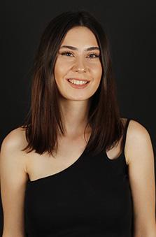 20 - 25 Yaþ Bayan Oyuncu - Arzu Demirci