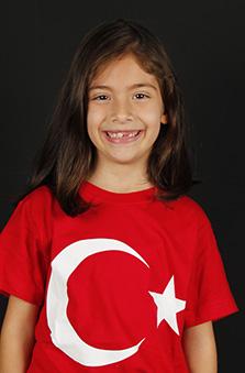 7 Yaþ Kýz Çocuk Cast - Ceren Yiðit