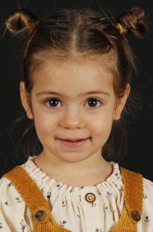 2 Yaþ Kýz Çocuk Manken - Su Karaman