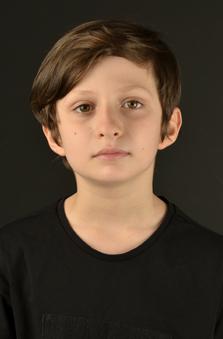 10 Yaþ Erkek Çocuk Oyuncu - Deniz Emir Yurt