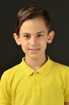 8 Yaþ Erkek Çocuk Oyuncu - Emir Aydýn