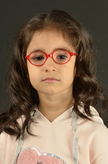5 Yaþ Kýz Çocuk Oyuncu - Defne Aksu