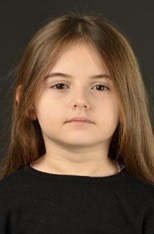 6 Yaþ Kýz Çocuk Oyuncu - Alya Zeynep Erkol
